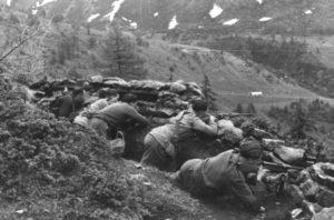 Partigiani delle FF.VV. in Mortirolo (1945) | © Istituto storico della Resistenza bresciana e dell'età contemporanea